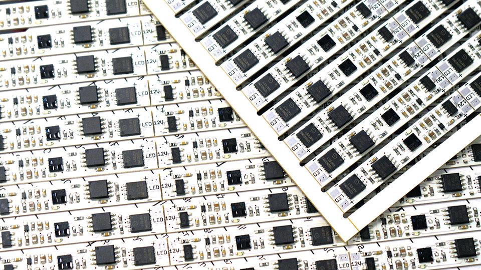 OEM electronic circuits. Creatronic - electronics manufacturer.